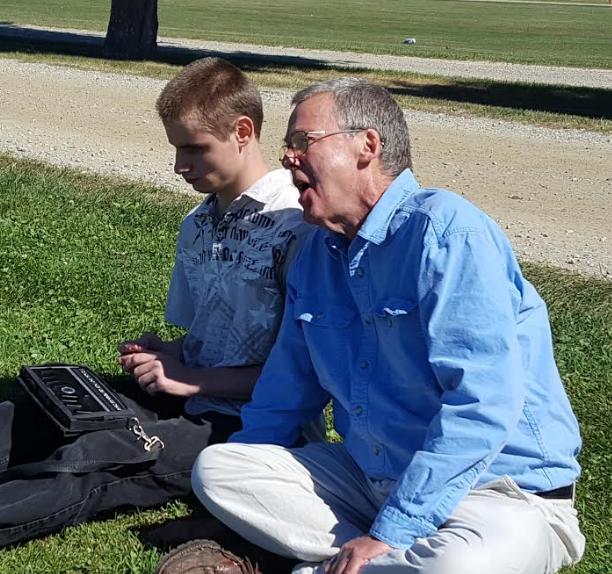 Mercury reporter Alek Wolfe meets with Geof Hewitt