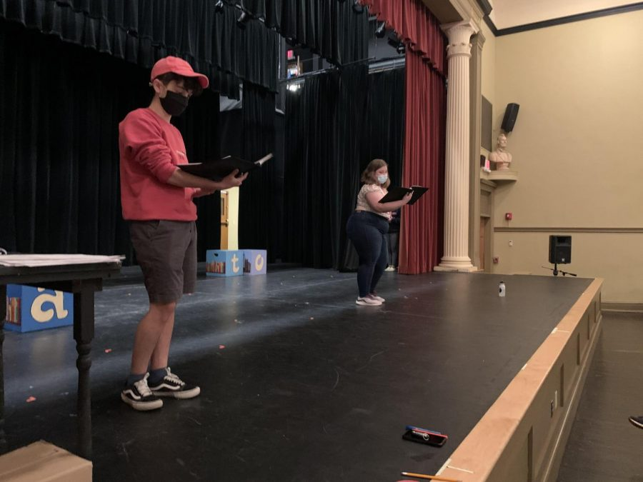 Pilot Deslauriers ('22) and Emily Parent ('22) rehearse for the Junior Jam competition.  Photo credit:  Emily Parent