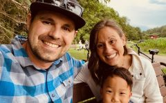 Darin Dezotelle, wife Katie and their son, Gus